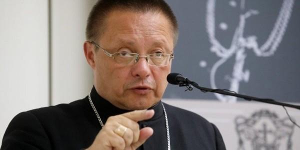 Medal 75-lecia Misji Jana Karskiego dla abp. Grzegorza Rysia