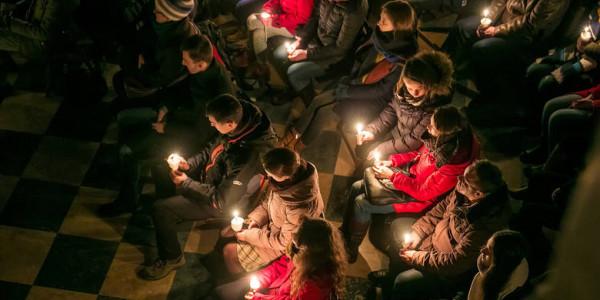 <p><i>Roraty - jeden z symboli Adwentu, którym nieodłącznym elementem jest lampion adwentowy. Anna Kaczmarz / Dziennik Polski / Polska Press</i.></p>