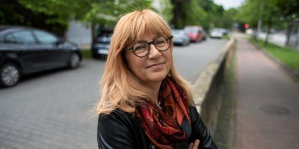 Pisarka Monika Sznajderman (Fot. Jędrzej Nowicki / Agencja Gazeta)