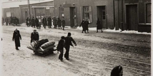 Przesiedlenia Żydów do getta / luty-kwiecień 1940 r.  /  Źródło: Archiwum ŻIH