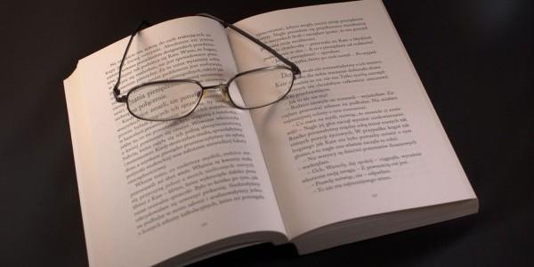 Lektura  - otwarta książka