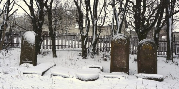 Rohatyn's new Jewish cemetery in winter. Photo © RJH.